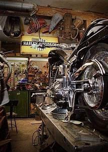 Moto Style Harley : chopper bobber cafe racer brst style harley davidson bsa triumph garage workshop sick garages ~ Medecine-chirurgie-esthetiques.com Avis de Voitures