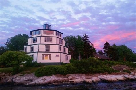 You Can Sleep In A Lighthouse At The Sebasco Harbor Resort
