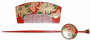 Japanese traditional hair accessories: wooden comb and ...