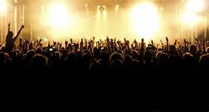 Concert Crowd Wallpaper - WallpaperSafari