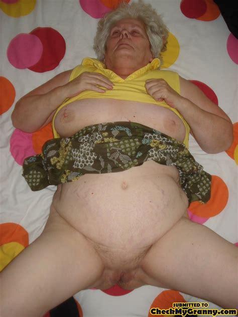 Bbw Granny With Big Juggs Posing All Over T Xxx Dessert