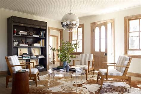 spare modern country chic in decor