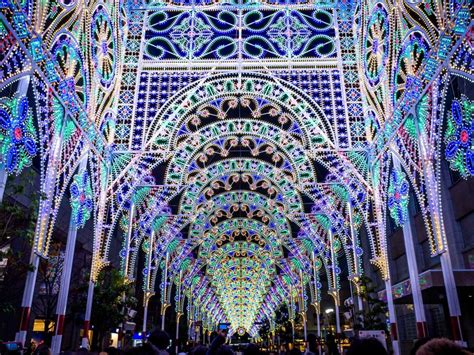 best christmas lights in florida best christmas and holiday light shows around the world