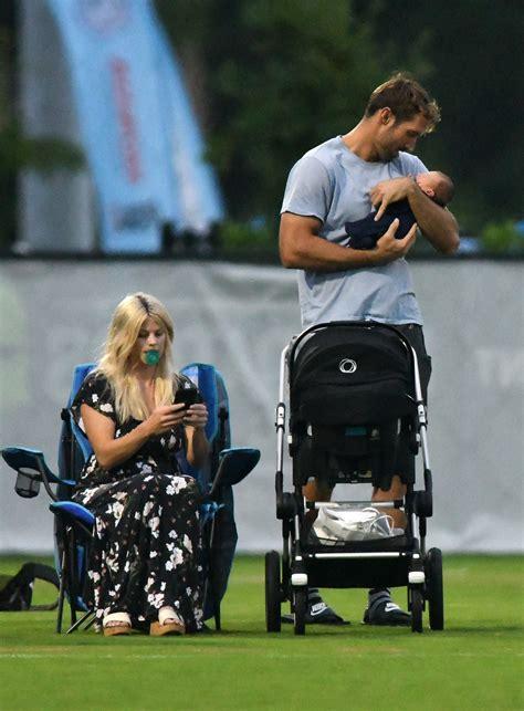 Tiger Woods' ex-wife Elin Nordegren officially re-names ...