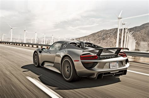 porsche 918 spyder porsche 918 spyder meets 959 on ignition