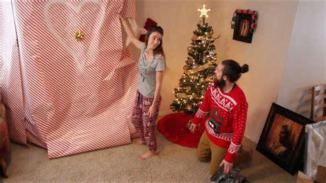Husband Surprises Wife With Huge Christmas Gift! Gift Registry Websites For Boss Online Mac Big Sets Barneys Catalog Jp Guys Who Workout Golf Hip Flask Set Johnson Baby Price In Bangladesh Vodka Packages