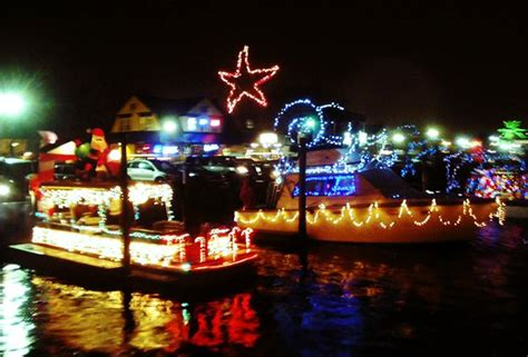 longest last christmas lights the most spectacular light displays on island poppins things to do in