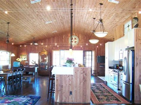 pole barn interior ideas billingsblessingbagsorg