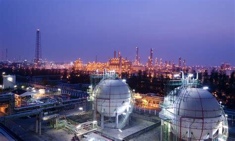 Tehran to host Iran Oil Show 2017 - Mehr News Agency