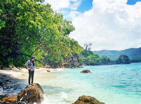 destinasi wisata gratis  malang  tidak