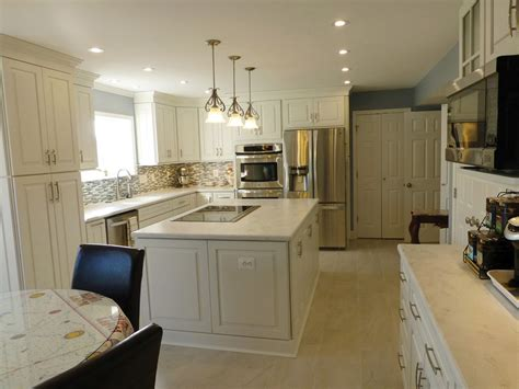 best kitchen cabinet features induction cooktop in island central feature in kitchen 4479