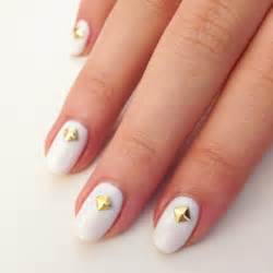 Nail art design white polish expert