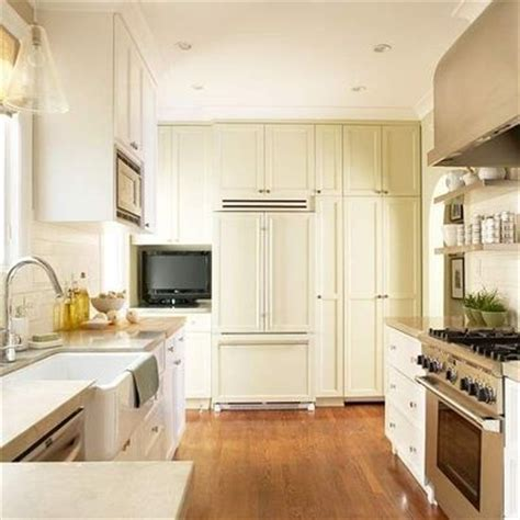 floor to ceiling kitchen cabinets small kitchen 9x15 floor to ceiling cabinets emphasize