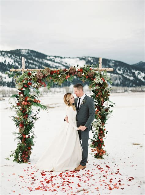30 Awesome Winter Red Christmas Themed Festival Wedding. Cheap Wedding Dresses Trinidad. Red Wedding Dresses With Sleeves. Pink Wedding Bride Dress. Long Sleeve Wedding Gowns Plus Size. Flattering Wedding Dresses For Big Hips. Pink Wedding Dress Tulle. Wedding Dresses On Line In Australia. Vintage Wedding Dresses Audrey Hepburn