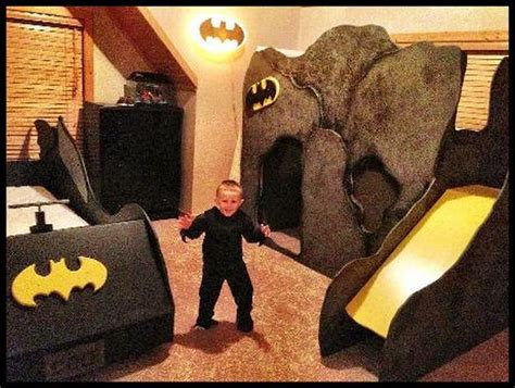 Best 25+ Batman Bedroom Ideas On Pinterest