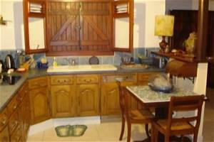relooking de ma cuisine casteldelravino en martinique With attractive quelle couleur pour le salon 8 un plan de travail en marbre dans la cuisine