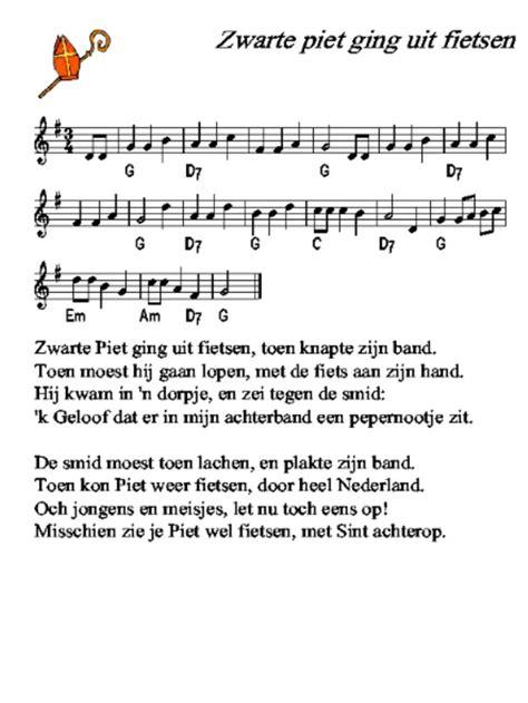 Kleurplaat Sint En Piet Op Fiets by 17 Beste Afbeeldingen Muziek En Versjes Op