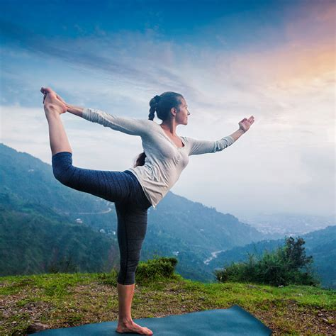 luxury yoga guide  rishikesh