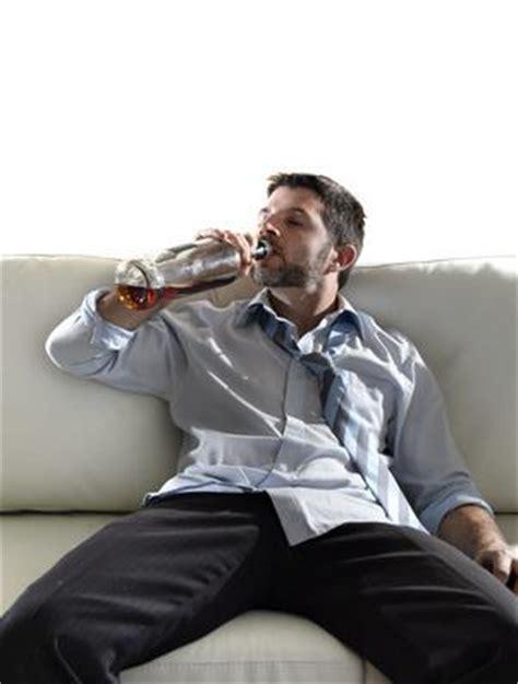 Mein Partner ist Alkoholiker, was kann ich tun? marktde