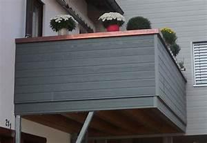 Balkonverkleidung Aus Holz : wartungsarme balkonverkleidung aus kunststoff ~ Lizthompson.info Haus und Dekorationen