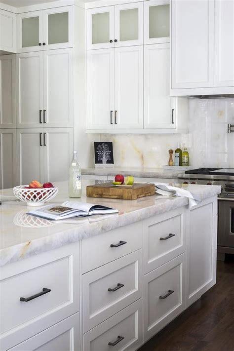 White Kitchen Cabinets Gold Pulls Design Ideas