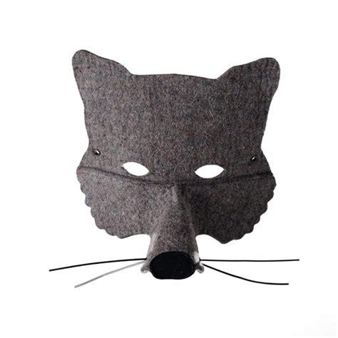 chambre garcon bleu et gris masque loup gris frida 39 s tierchen pour chambre enfant
