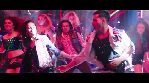 Alia Bhatt Hot Song Tamma Tamma Again With Bappi Lahiri