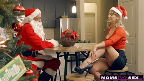 Santas Horny Helpers In Christmas Threesome S9e7
