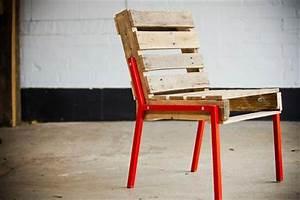 Diy pallet adirondack chair pallet furniture diy for Diy metal furniture