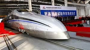 China's new bullet train can reach 500km/h