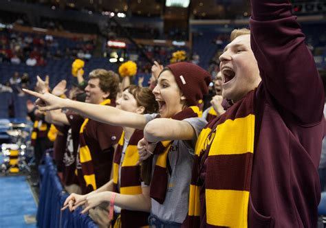 chicago the band fan club fans made difference in loyola 39 s 65 59 victory over san