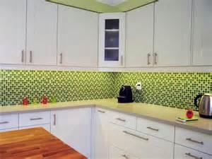 fliesen fr die kche bunte fliesen fr mosaik affordable kche offen zum wohnzimmer in weieiche grau dekor mit