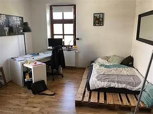 Wg Zimmer Einrichten : einfaches diy palettenbett als perfekte wg zimmer ~ Watch28wear.com Haus und Dekorationen