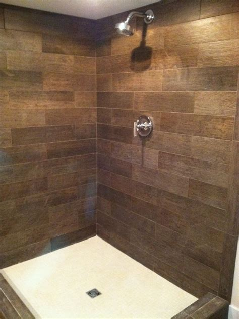Badezimmer Holzoptik Fliesen by Showers Tile Wood Look Search Masterbath Wood