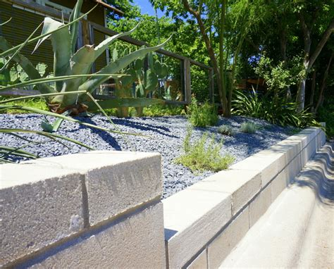 low retaining wall a diy cinder block retaining wall project