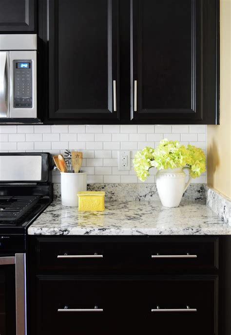 installing kitchen backsplash tile how to install a subway tile kitchen backsplash 4734