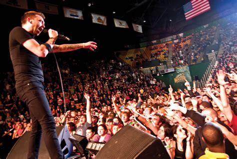 Soundgarden Live At Patriot Center rise against takes patriot center broadside