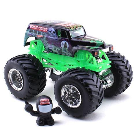 wheels monster trucks videos wheels grave digger die cast truck
