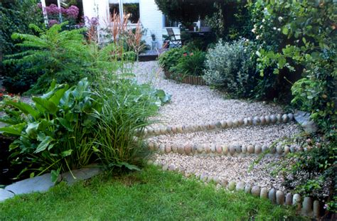 gravel garden easy garden path english garden gravel path