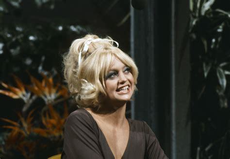 flashback goldie hawn covers dolly parton rolling stone