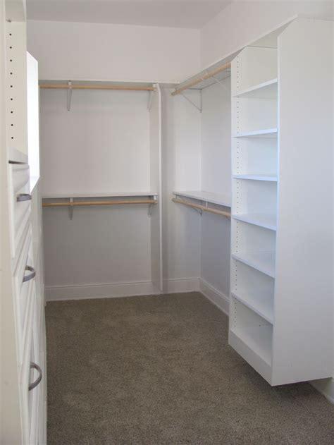 walk in closet home renovation