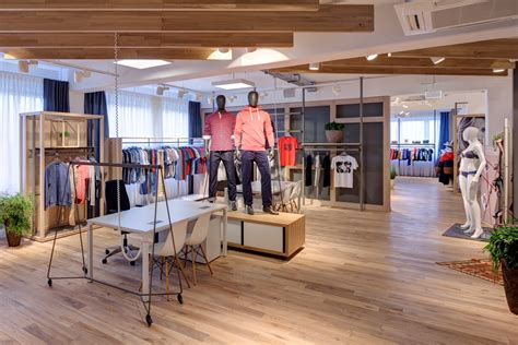 The Showroom Hamburg by Esprit Showroom Hamburg 3f Design Architecture Gbr