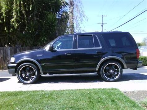 blackonblack  ford expedition specs