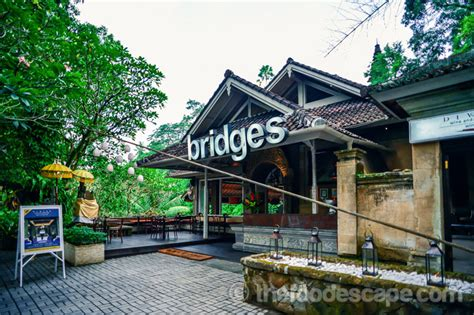 cuisine pizza bridges ubud bali food escape food