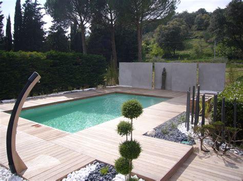 tour de piscine am 233 nagement d un tour de piscine dans les c 233 vennes