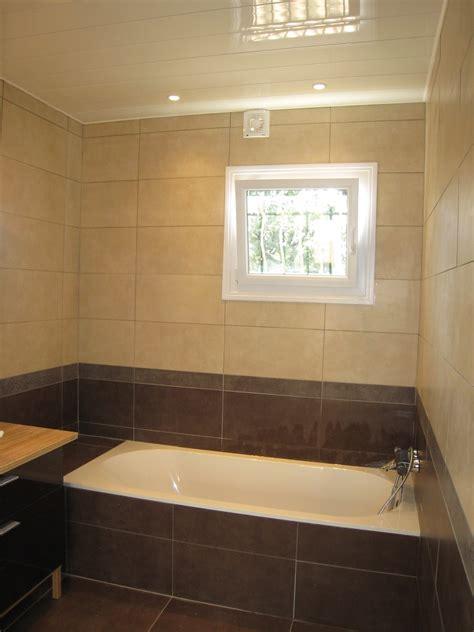 bureau avec etagere salle de bain baignoire photo 2 3 baignoire villeroy