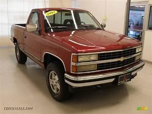 1992 Chevrolet C  K K1500 Regular Cab 4x4 In Crimson Red