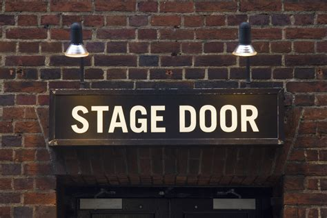 stage door theater 72 hours in