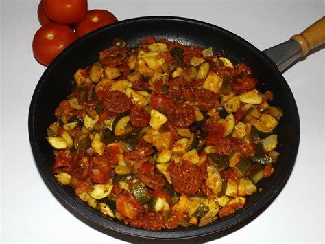 cuisiné la courgette poêlée de courgettes au chorizo blogs de cuisine