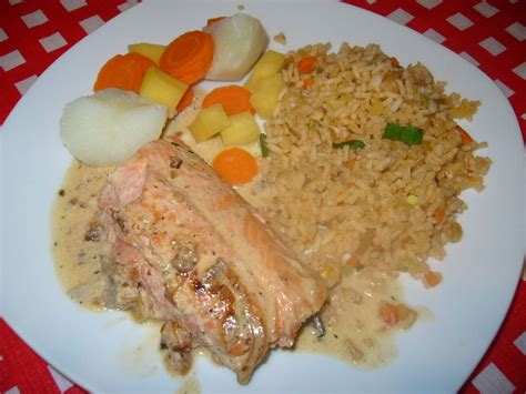 marmitons recettes cuisine filet de truite saumonée sauce vin crème praggycuisine
